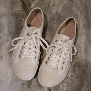 37 Canvas Tennis Shoes | Poshmark